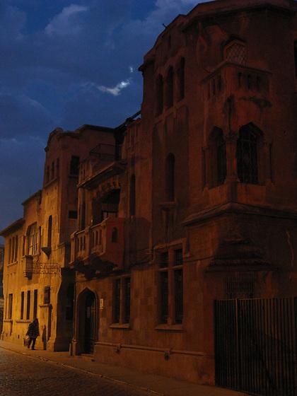 La noche del lobo / La Casa del Escritor, Santiago de Chile.<br /> <br /> Edición de 10 | Víctor Santamaría.