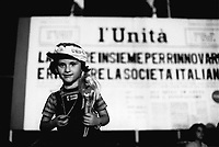 - fest of the Unità of the Italian Communist Party in Scilla (Reggio Calabria, 1975)....- festa dell'Unità del Partito Comunista Italiano a Scilla (Reggio Calabria, 1975),