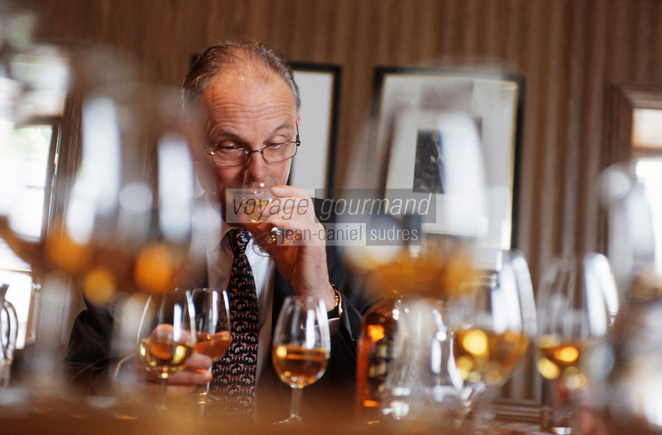 Europe/Royaume-Uni/Ecosse/Moray/Spayside/Keith Distillerie Strathisla whisky Chivas degustation avec le maitre assembleur de Chivas 'Master Blender' Colin Scott [Non destiné à un usage publicitaire - Not intended for an advertising use] [Non destiné à un usage publicitaire - Not intended for an advertising use]