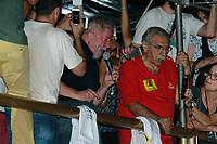 SÃO PAULO,SP, 15.03.2017 - Ex-presidente Luiz Inacio Lula da Silva participa de ato contra o atual Presidente Michel Temer na noite desta quarta-feira dia 15 na Avenida Paulista em São Paulo. (Foto: Amauri Nehn/Brazil Photo Press)