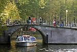 AMSTERDAM - NETHERLANDS - 19 OCTOBER 2004 -- A sightseeing boat on the canal of the Prinsengracht.-- PHOTO:  EUP-IMAGES / JUHA ROININEN