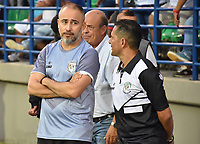 MONTERIA - COLOMBIA, 02-09-2018: Flavio Robatto, técnico de Jaguares, gesticula durante partido entre Jaguares de Córdoba y Atletico Nacional por la fecha 7 de la Liga Águila II 2018 jugado en el estadio Municipal de Montería. / Flavio Robatto, coach of Jaguares, gestures during the match between Jaguares of Cordoba and Atletico Nacional for the date 7 of the Liga Aguila II 2018 at the Municipal de Monteria Stadium in Monteria city. Photo: VizzorImage / Andres Felipe Lopez / Cont