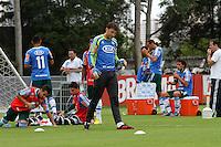 SÃO PAULO, SP, 11 JANEIRO DE 2013  - TREINO PALMEIRAS - Os jogadores do palmeiras  durante treinamento na Academia de Futebol, na manha dessa sexta-feira, 11, Barra Funda, zona oete  da capital -   FOTO LOLA OLIVEIRA - BRAZIL PHOTO PRESS