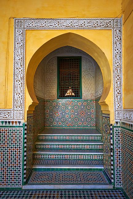 Arabesque Berber tiled niche of the Mauseleum of Moulay Ismaïl Ibn Sharif , reigned 1672–1727. A UNESCO World Heritage Site .Meknes, Meknes-Tafilalet, Morocco.