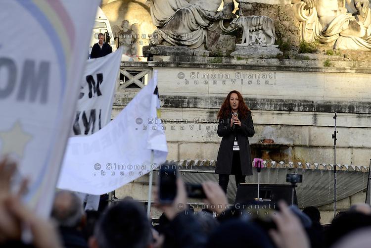 Roma, 24 Gennaio 2015<br /> Piazza del Popolo.<br /> La notte dell'onest&agrave;, manifestazione organizzata dal Movimento 5 stelle contro la curruzione e le mafie.<br /> Paola Taverna