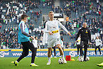 04.11.2018, Borussia Park , Moenchengladbach, GER, 1. FBL,  Borussia Moenchengladbach vs. Fortuna Duesseldorf,<br />  <br /> DFL regulations prohibit any use of photographs as image sequences and/or quasi-video<br /> <br /> im Bild / picture shows: <br /> Oscar Wendt (Gladbach #17), beim Aufwaermen, Einzelaktion,  <br /> <br /> Foto &copy; nordphoto / Meuter