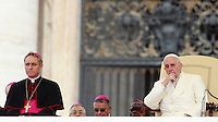 Papa Francesco tiene l'udienza generale del mercoledi' in Piazza San Pietro, Citta' del Vaticano, 24 settembre 2014.<br /> Pope Francis attends his weekly general audience in St. Peter's Square at the Vatican, 24 September 2014.<br /> UPDATE IMAGES PRESS/Isabella Bonotto<br /> <br /> STRICTLY ONLY FOR EDITORIAL USE