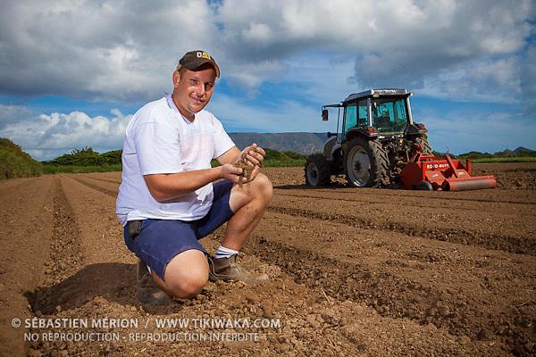 Christophe Courtot, exploitant agricole à Pouembout