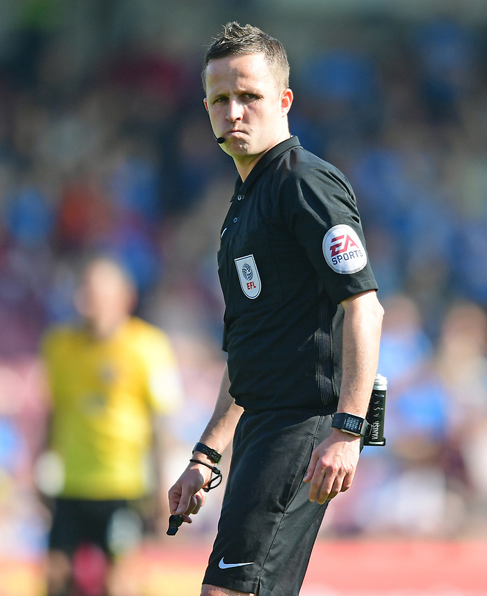 Referee David Webb<br /> <br /> Photographer Chris Vaughan/CameraSport<br /> <br /> The EFL Sky Bet League One - Scunthorpe United v Bolton Wanderers - Saturday 8th April 2017 - Glanford Park - Scunthorpe<br /> <br /> World Copyright &copy; 2017 CameraSport. All rights reserved. 43 Linden Ave. Countesthorpe. Leicester. England. LE8 5PG - Tel: +44 (0) 116 277 4147 - admin@camerasport.com - www.camerasport.com