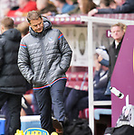 Crystal Palace manager Frank de Boer kicks a water bottle in frustration during the premier league match at the Turf Moor Stadium, Burnley. Picture date 10th September 2017. Picture credit should read: Paul Burrows/Sportimage