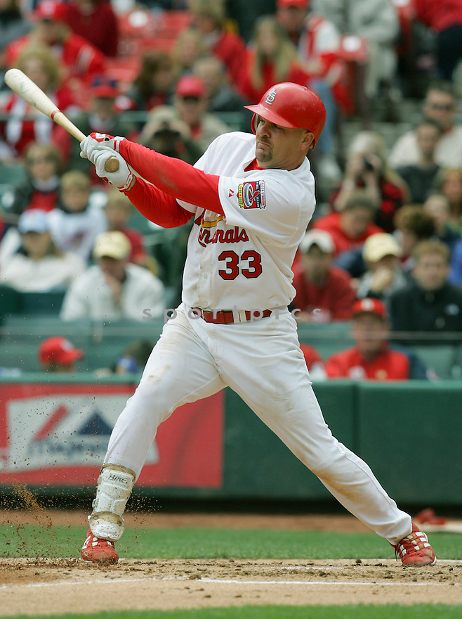 Larry Walker of the St. Louis Cardinals in action against the Houston Astros. ....Cardinals won 1-0.....David Durochik / SportPics..