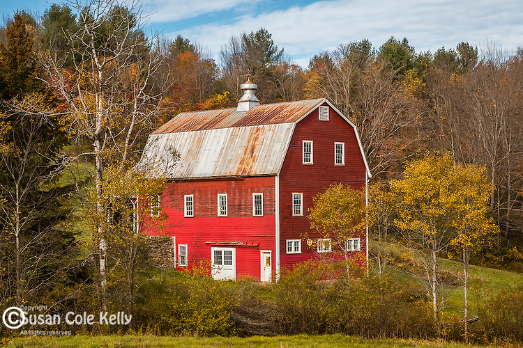 Red barn in Hartland, Vermont, USA