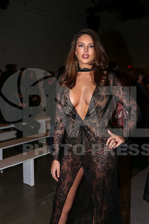 NOVA YORK,USA, 13.02.2019 - MODA-NOVA YORK - Zita Vass durante desfile da grife Rosa Cha no New York Fashion Week (NYFW) em Nova York nesta quarta-feira, 13.(Foto: Vanessa Carvalho/Brazil Photo Press)