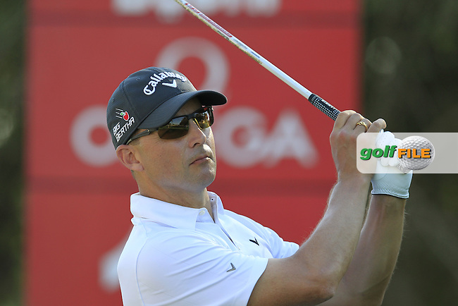 Niclas FASTH (SWE) tees off the 18th tee during Pink Friday's Round 2 of the 2015 Omega Dubai Desert Classic held at the Emirates Golf Club, Dubai, UAE.: Picture Eoin Clarke, www.golffile.ie: 1/30/2015