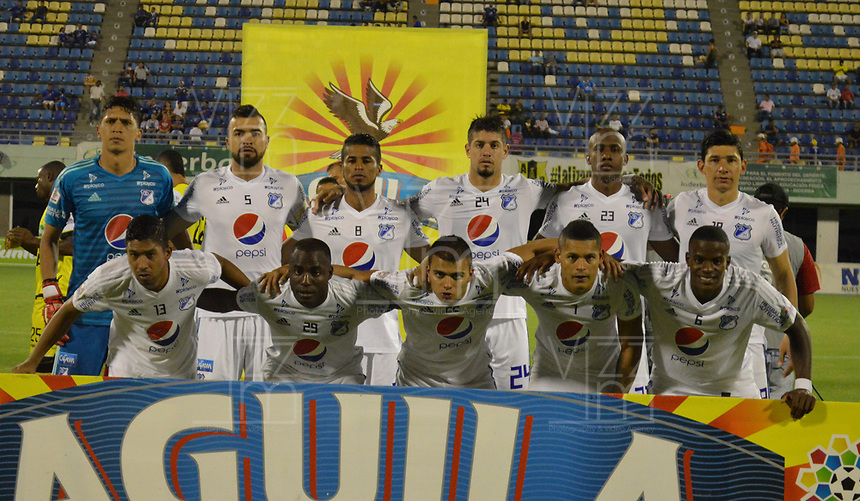 BARRANCABERMEJA - COLOMBIA, 09-09-2016: Jugadores del Millonarios posan para una foto previo al partido entre Alianza Petrolera y Millonarios por la fecha 8 de la Liga Águila II 2018 disputado en el estadio Daniel Villa Zapata de la ciudad de Barrancabermeja. / Players of Millonarios pose to a photo prior the match between Alianza Petrolera and Millonarios for the date 8 of the Aguila League II 2018 played at Daniel Villa Zapata stadium in Barrancabermeja city. Photo: VizzorImage / Jose Martinez / Cont