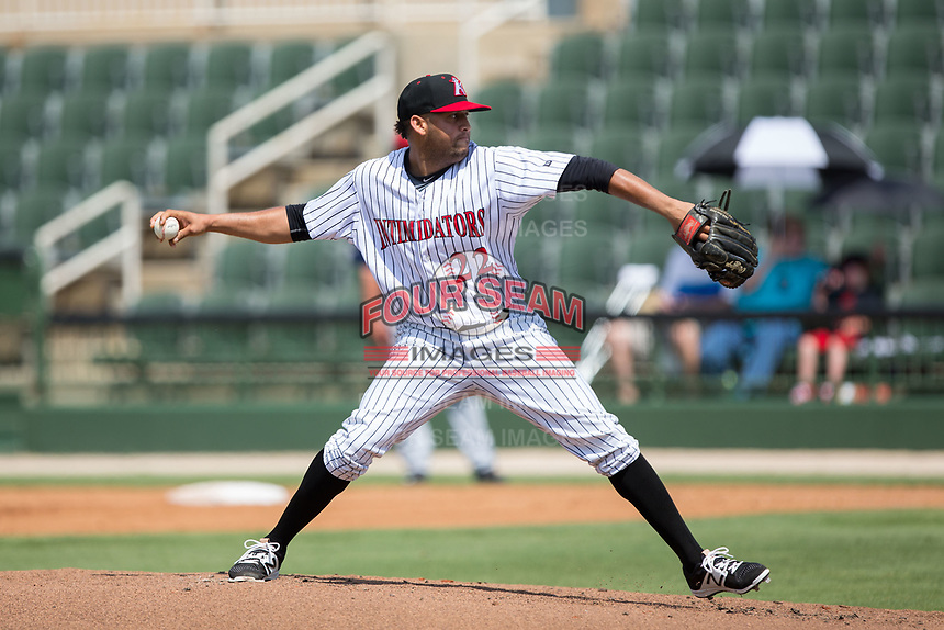 Kannapolis Intimidators starting pitcher Kelvis Valerio (22) in action against the Hagerstown Suns at Kannapolis Intimidators Stadium on July 9, 2017 in Kannapolis, North Carolina.  The Intimidators defeated the Suns 3-2 in game one of a double-header.  (Brian Westerholt/Four Seam Images)