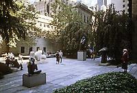 New York City: M.O.M.A. Sculpture Garden. Philip Johnson.