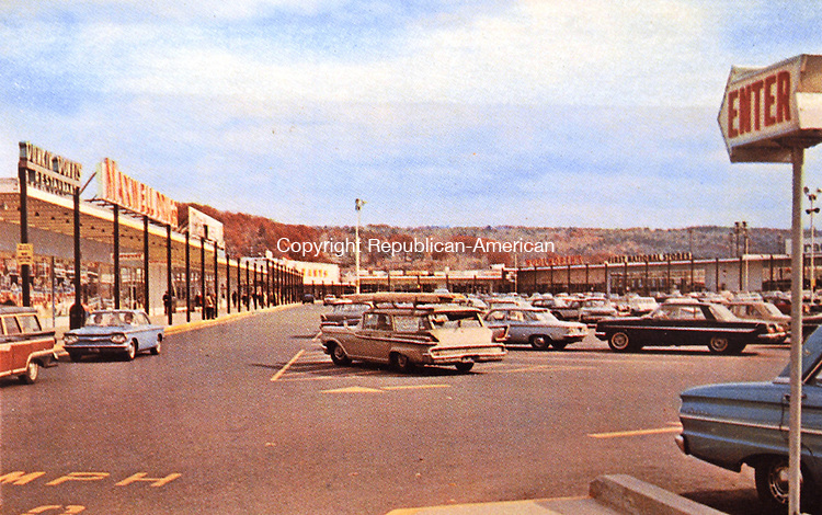 TORRINGTON, CT, 22 JULY 2011-072311JS20-- The Downtown Shopping Plaza on South Main Street in Torrington in 1965.<br /> Courtesy of the Collection of the Torrington Historical Society, Torrington, Conn.<br /> Jim Shannon/Republican-American