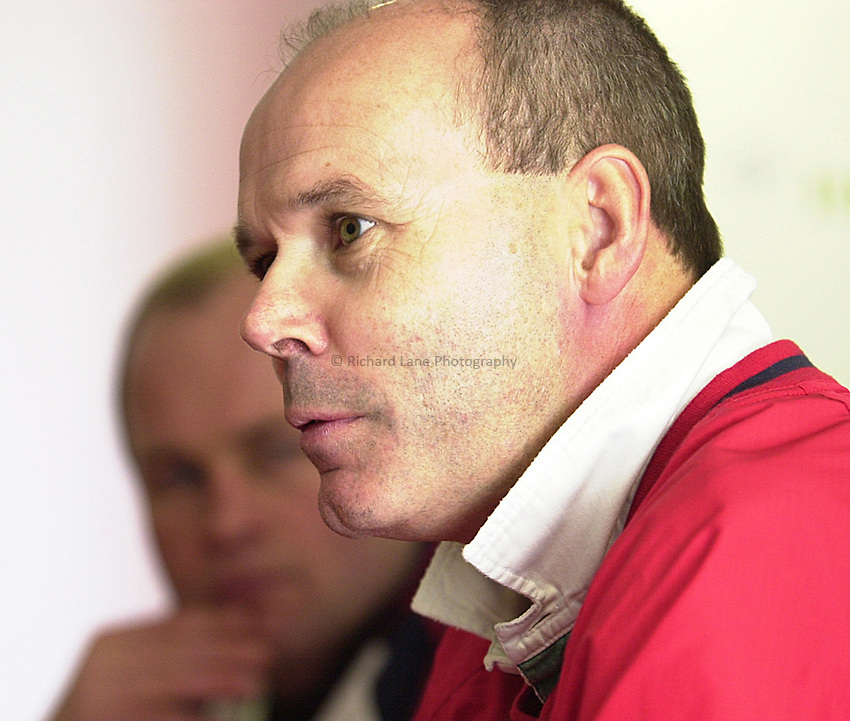 Photo. Richard Lane. .England Press Conference at Twickenham. 17/11/2000.Clive Woodward at the press conference with Andy Robinson.