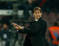 AS Roma's head coach Rudi Garcia  during the  italian serie a soccer match,between SSC Napoli and AS Roma       at  the San  Paolo   stadium in Naples  Italy ,December 13, 2015