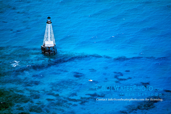 lighthouse at Alligator Reef, Florida Keys National Marine Sanctuary, Islamorada, Florida, USA, Atlantic Ocean