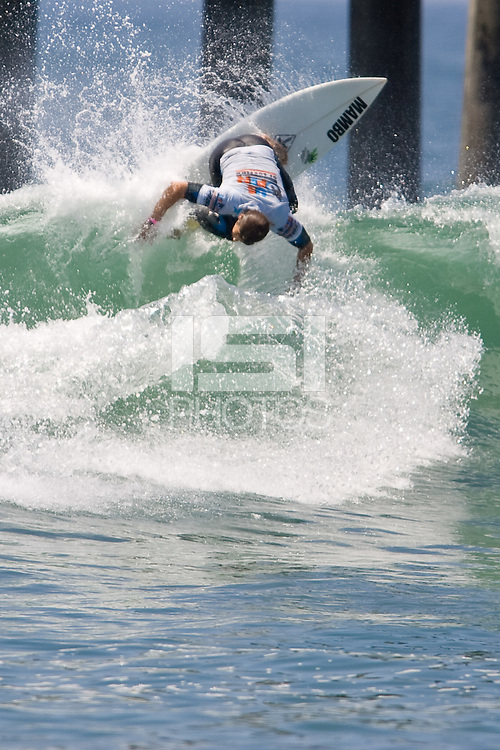 Aussie Dayyan Neve with an off the top during round of 96 at the 2010 US Open of Surfing in Huntington Beach, California on August 4, 2010.