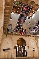 Europe/France/Midi-Pyrénées/32/Gers/Fleurance: Exposition sur l'astronomie sous la Halle de la Bastide qui abrite l'Hôtel de Ville.<br /> Fleurance organise en Aout un Festival d'Astronomie