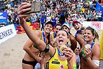 26.08.2017, Hamburg, Stadion Am Rothenbaum<br />Beachvolleyball, World Tour Finals<br /><br />Selfie mit Laura Ludwig (#1 GER) <br /><br />  Foto © nordphoto / Kurth