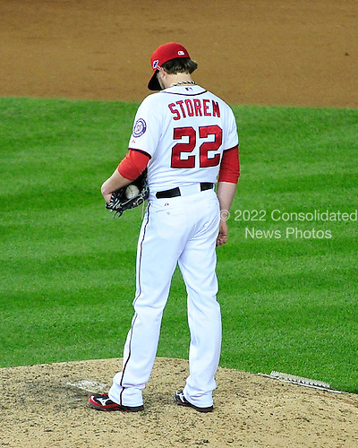 Washington Nationals pitcher Drew Storen (22) looks down at the ground after giving up the tying runs against the St. Louis Cardinals in the ninth inning of game 5 of the NLDS at Nationals Park in Washington, D.C. on Friday, October 12, 2012.  The Cardinals won the game and the series 9 - 7..Credit: Ron Sachs / CNP