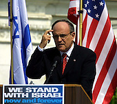 Washington, DC - April 15, 2002 -- Former New York City Mayor Rudolph Giuliani speaks at the National Solidarity Rally with Israel at the United States Capitol on Monday, April 15, 2002..Credit: Arnie Sachs / CNP