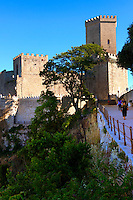 Toretta Popoli and the Castello di Vénere [ Venere ] Érice, Erice, Sicily stock photos.