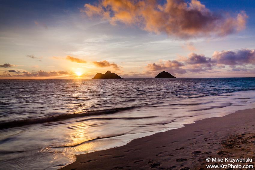 Lanikai Beach at sunrise, Kailua, Oahu, Hawaii