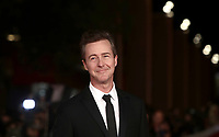 "L'attore e regista statunitense Edward Norton posa durante il red carpet per la presentazione del suo film ""Motherless Brooklyn"" alla 14^ Festa del Cinema di Roma all'Aufditorium Parco della Musica di Roma, 17 ottobre 2019.<br /> U.S. actor and director Edward Norton poses during the red carpetl to present his movie ""Motherless Brooklyn"" during the 14^ Rome Film Fest at Rome's Auditorium, on 17 october 2019.<br /> UPDATE IMAGES PRESS/Isabella Bonotto"