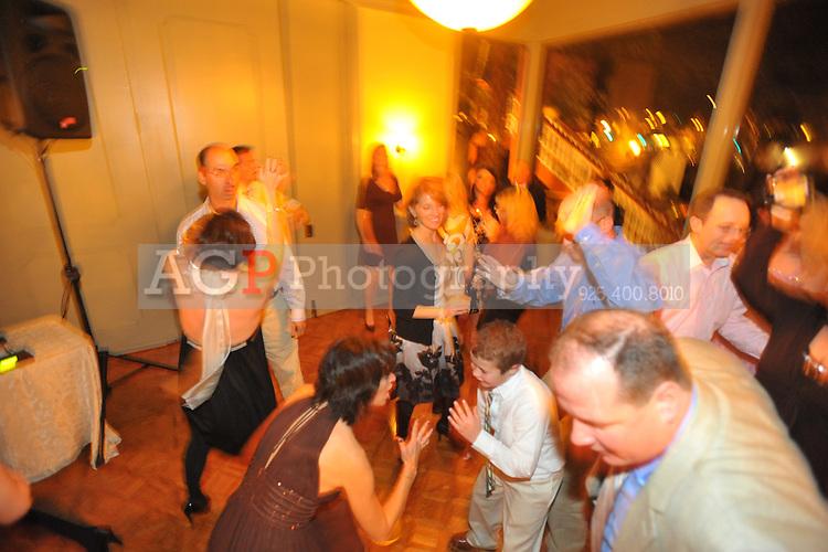Johanna Baldwin and Kevin Yoder were married at the Pleasanton Hotel in Pleasanton, California November 21, 2009. (Photo by Alan Greth