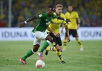 FUSSBALL   1. BUNDESLIGA   SAISON 2012/2013   1. SPIELTAG Borussia Dortmund - SV Werder Bremen                  24.08.2012      Eljero Elia (li, SV Werder Bremen) gegen Oliver Kirch (re, Borussia Dortmund)