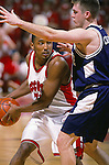 University of Wisconsin guard (32) Roy Boone during the Penn State game at the Kohl Center in Madison, WI, on 1/27/01. Wisconsin beat Penn State 63-58. (Photo by David Stluka)