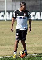 SÃO PAULO,SP, 13 julho 2013 -  Ralf   durante treino do Corinthians no CT Joaquim Grava na zona leste de Sao Paulo, onde o time se prepara  para para enfrenta o Atletico MG pelo campeonato brasileiro . FOTO ALAN MORICI - BRAZIL FOTO PRESS