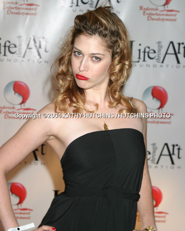 "©2004 KATHY HUTCHINS /HUTCHINS PHOTO.RED PARTY BENEFITING THE ""LIFE THROUGH ART"" FOUNDATION.LOS ANGELES, CA.DECEMBER 4, 2004..LIZZIE CAPLAN"