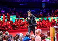 Rotterdam, The Netherlands, 9 Februari 2020, ABNAMRO World Tennis Tournament, Ahoy, Qualyfying round: Singer Vincenzo apearing for kids<br /> Photo: www.tennisimages.com