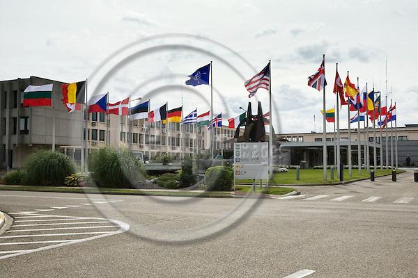 BRUSSELS - BELGIUM - 02 SEPTEMBER 2008 -- The main entrance  of the NATO Headquarters. -- PHOTO: JUHA ROININEN / EUP-IMAGES