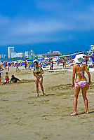 Santa Monica, CA, Beach, Activities, Women playing Paddleball, Walking, playing, Swimming, Beach, Sand Castles, water, sand, California, USA,