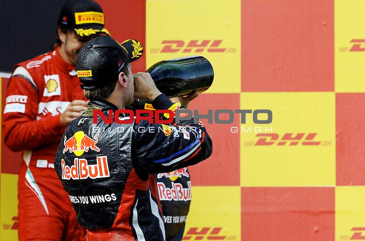 08.05.2011, Istanbul-Park-Circuit, Istanbul, TUR, Großer Preis der Türkei / Istanbul, RACE 04, im Bild  DHL Branding - Podium - Sebastian Vettel (GER), Red Bull Racing    Foto © nph /  poleposition.at   (bitte als Fotovermerk angeben)