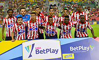 IBAGUE-COLOMBIA, 22-02-2020: Jugadores del Atletico Junior, posan para una foto antes de partido entre Deportes Tolima y Atletico Junior de la fecha 6 por la Liga BetPlay DIMAYOR I 2020, jugado en el estadio Manuel Murillo Toro de la ciudad de Ibague. / Players of Atletico Junior, pose for a photo prior a match between Deportes Tolima and Atletico Junior of the 6th date for the Liga BetPlay DIMAYOR I 2020, played at Manuel Murillo Toro stadium in Ibague city. / Photo: VizzorImage / Juan Carlos Escobar / Cont.