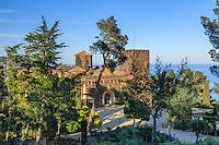 Espagne, Catalogne, Costa Brava, Palafrugell, Jardin botanique de Cap Roig, le château  // Spain, Catalonia, Costa Brava, Palafrugell, Cap Roig Gardens, the castle