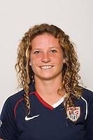 Elizabeth Eddy. U-17 USA Women's National Team head shots on September 16, 2008. Photo by Howard C. Smith/isiphotos.com