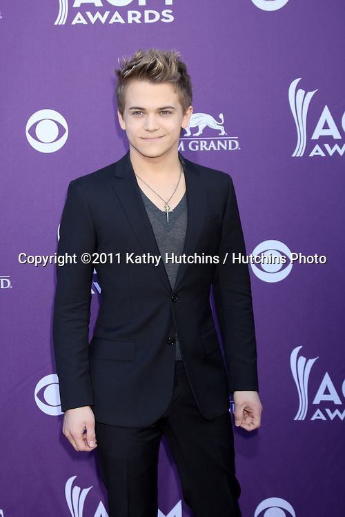 LAS VEGAS - APR 1:  Hunter Hayes arrives at the 2012 Academy of Country Music Awards at MGM Grand Garden Arena on April 1, 2010 in Las Vegas, NV.