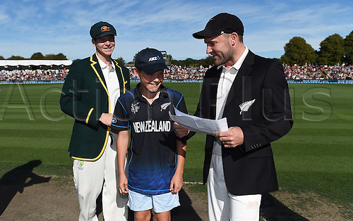 20.02.2016. Christchurch, New Zealand.  NZ Captain Brendon McCullum with his son Riley at the coin toss with Steve Smith and match referee Chris Broad. New Zealand Black Caps versus Australia. Day 1, 2nd test match, Hagley Oval in Christchurch, New Zealand. Saturday 20 February 2016.