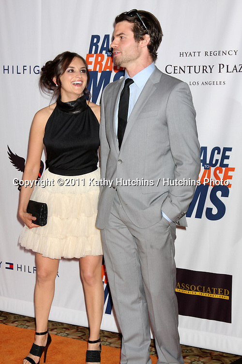 LOS ANGELES - APR 29:  Rachael Leigh Cook, Daniel Gillies arriving at the 18th Race to Erase MS Event at Century Plaza Hotel on April 29, 2011 in Century City, CA