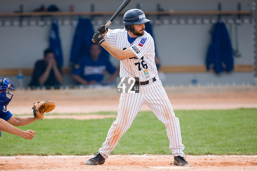 12 Aug 2007: Flavien Peron is seen at bat during game 5 of the french championship finals between Templiers (Senart) and Huskies (Rouen) in Chartres, France. Huskies defeated Templiers 9-8 to win their fourth french championship.
