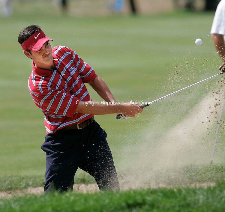 CROMWELL, CT 26 AUGUST 2005 082605BZ02-  Franklin Langham comes out of the bunker on #7 <br /> during the second round of the Buick Championship at the TPC at River Highlands Friday. <br /> Jamison C. Bazinet / Republican-American